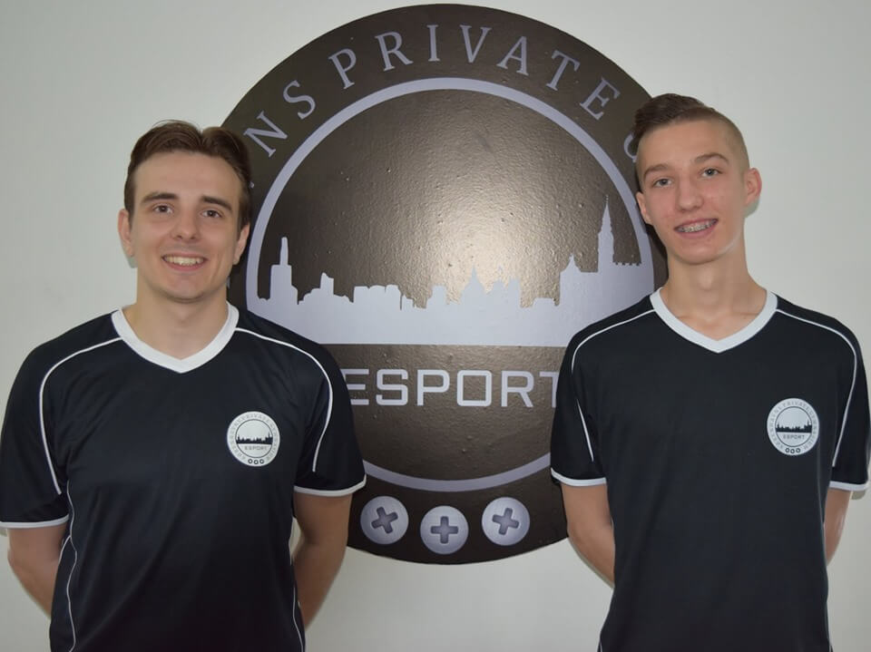 Copenhagens private highschool get two FIFA coaches