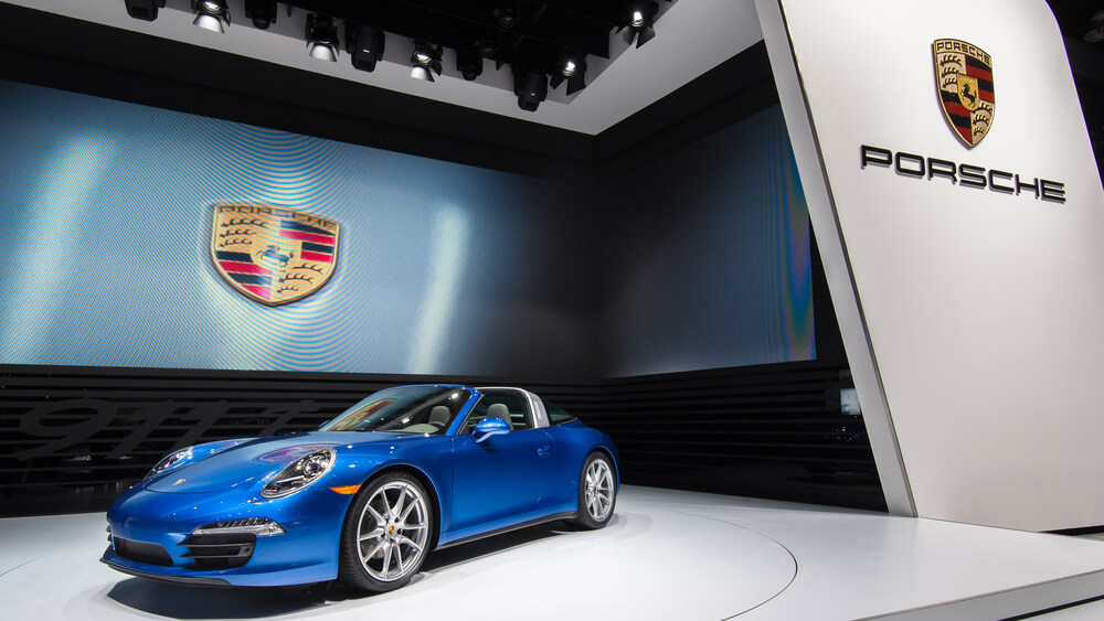 Porsche Reveals Awesome 911 Targa 4 and 4S for 2021